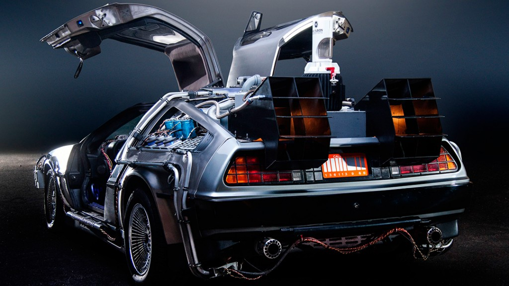 DeLorean Time Machine - Back to the Future - www.arianasoffici.com