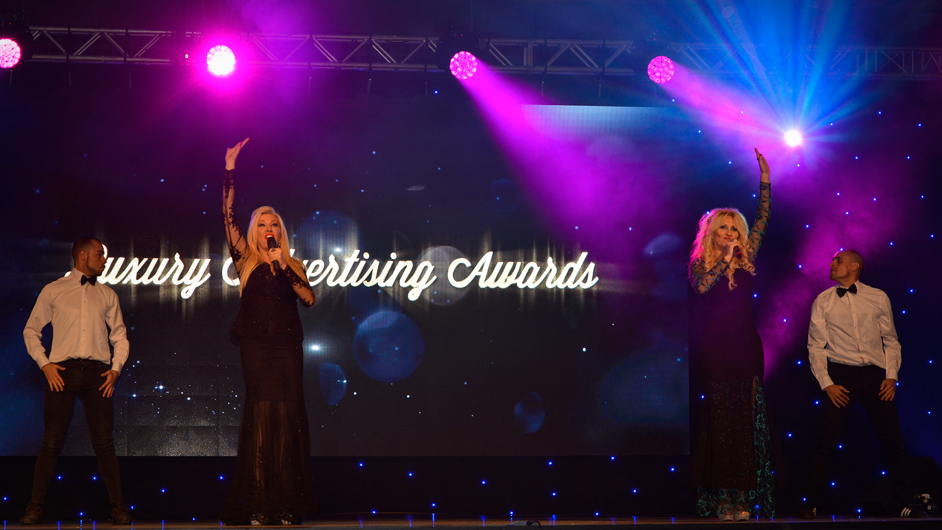Ana & Antonella singing Marbella Nights with 2 dancers at Luxury Advertising Awards - www.arianasoffici.com