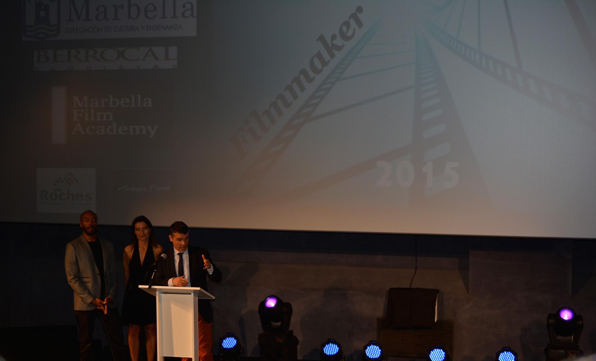 José Bernal Alcalde de Marbella en la entrega de premios en el Teatro Goya -www.arianasoffici.com