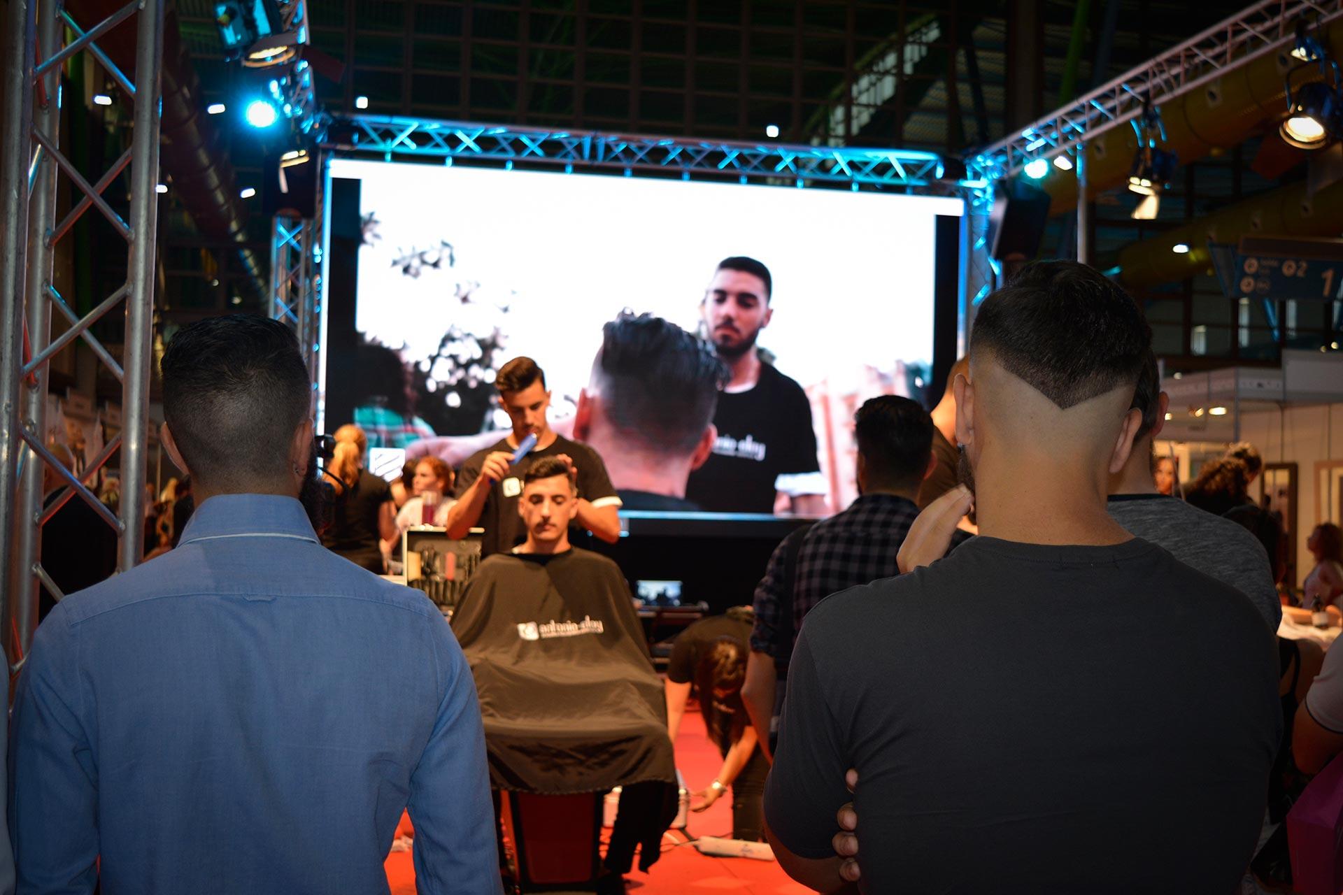 Show @ Estilo MLG www.arianasoffici.com