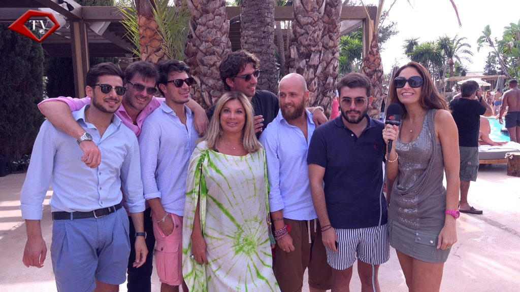 Olivia Valere with Ariana & Italian friends at Nao Pool Club